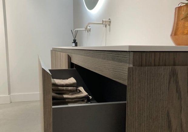 solid-surface-badkamermeubel-ijzendijke-zijkant