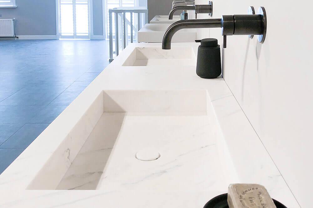 TIZ DESIGN - Marmeren wastafel Den Helder